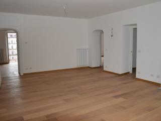 Photo - 4-room flat via Maria Vittoria 10, Via Roma, Torino