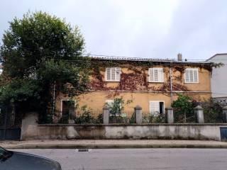 Φωτογραφία - Βίλα για περισσότερες οικογένειες via Toscana 36, Macomer