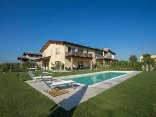 Foto - Villa plurifamiliare via moie, Desenzano del Garda