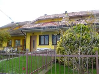 Photo - Terraced house 5 rooms, good condition, Rogno
