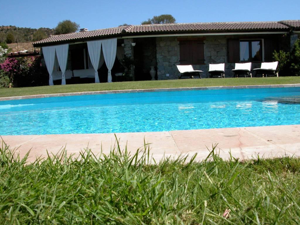 foto  Villa unifamiliare, nuova, 575 mq, Domus De Maria