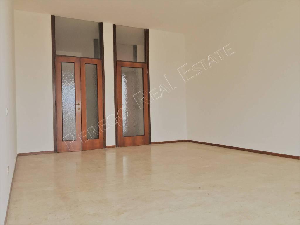 foto Soggiorno 4-room flat via Allea Comunale 3, Turbigo