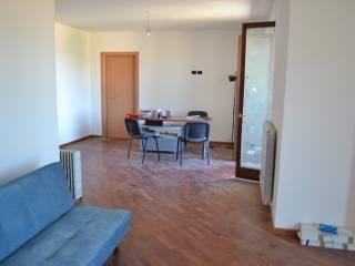 Foto - Dreizimmerwohnung ausgezeichneter Zustand, erste Etage, Villa, Magione
