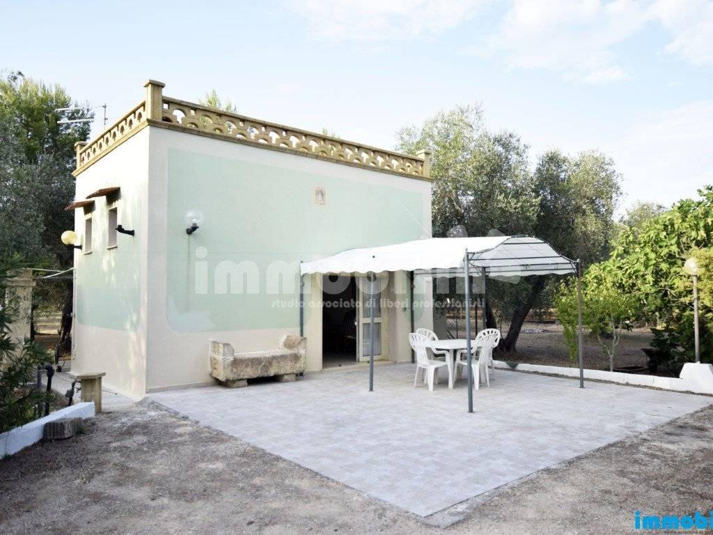 foto esterno Villa unifamiliare, buono stato, 45 mq, Oria