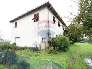 Photo - Dairy farm via del Castelluccio 56, Marcignana - Lucchese, Empoli