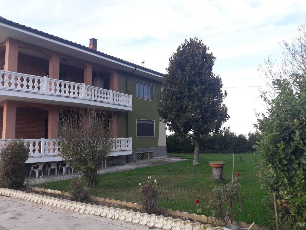 foto  Βίλα για 2 οικογένειες via Mondini, Marene