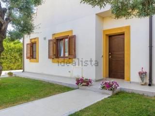Foto - Villa unifamiliare via Monte D'alba, Trani