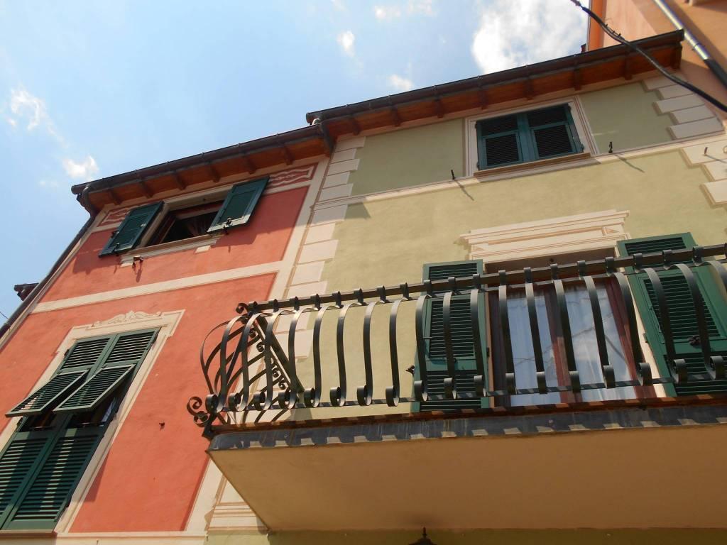 foto  Detached house salita Soprano, Avegno