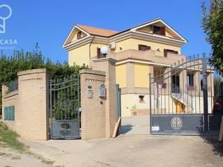 Photo - Two-family villa Strada Comunale traversa Piercecchi, Giulianova