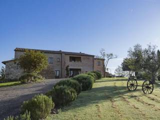 Photo - Country house, excellent condition, 550 sq.m., Montalcino