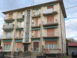 Foto - Trilocale via Siilvio Pellico 8, Castelletto Sopra Ticino