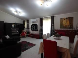 Photo - 4-room flat via Dottor M  di Stefano, San Pietro Clarenza