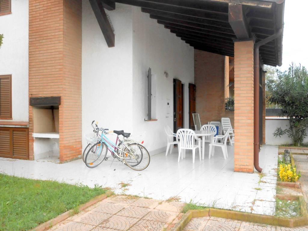 foto esterno Οικιστικό συγκρότημα viale Australia 48, Comacchio