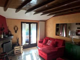 Photo - 4-room flat via Bucaneve, Castione della Presolana