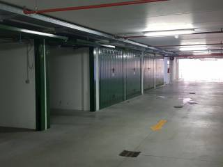 Photo - Car box / Garage via Massimo D'Azeglio 13, Centro, Cuneo