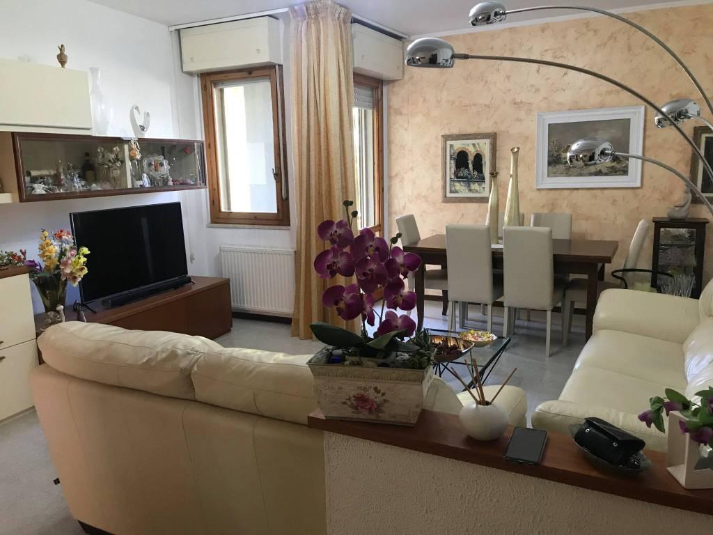 foto sala Διαμέρισμα via della Livornina, 19, Livorno