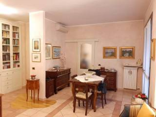 Photo - 3-room flat good condition, second floor, Settimo Milanese