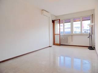 Photo - 2-room flat via Alfredo Cappellini 16, Centrale, Milano