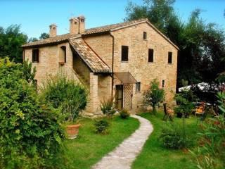 Photo - Single family villa, excellent condition, 270 sq.m., Urbino