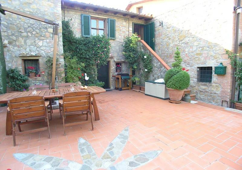 foto  Country house, good condition, 120 sq.m., Montaione