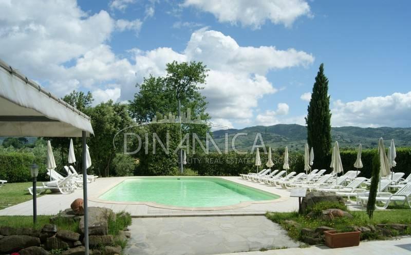 foto  Single family villa 865 sq.m., Vinci
