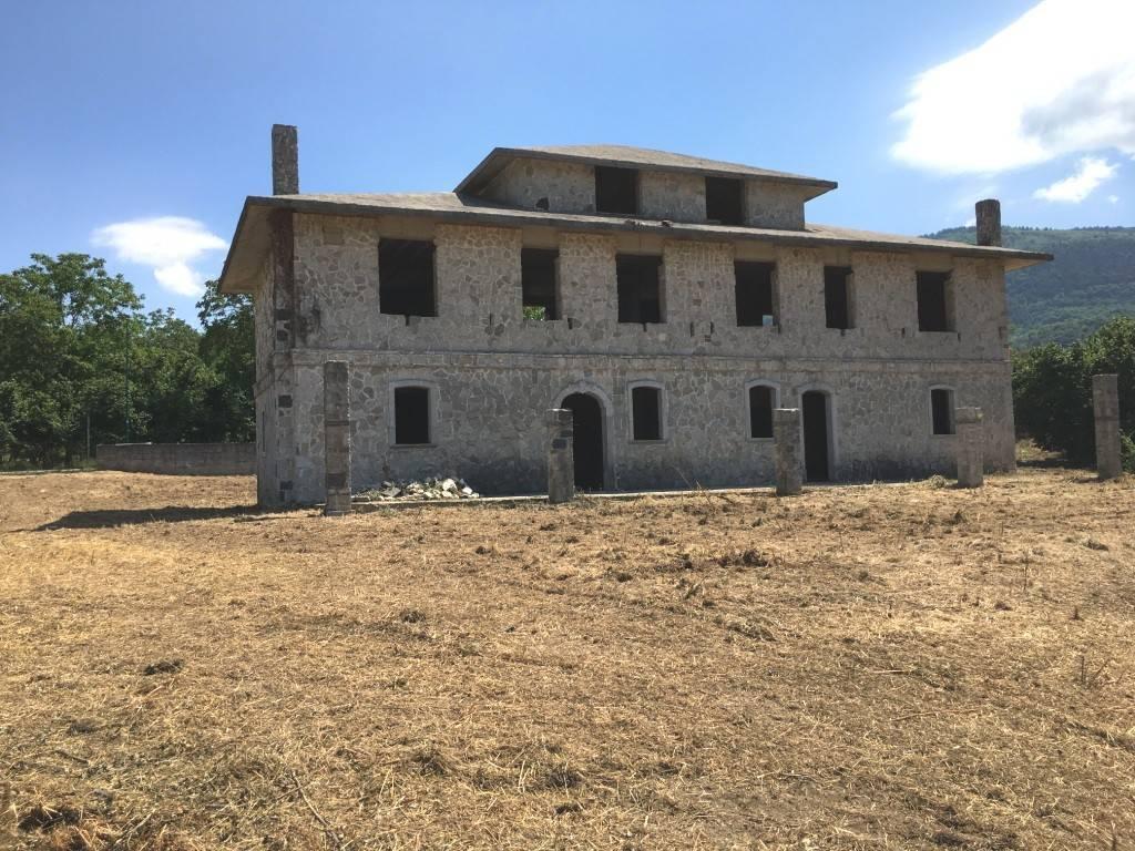 foto  Two-family villa Strada Provinciale Turci, Cesinali