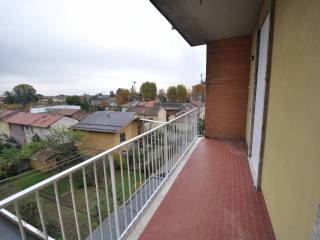 Photo - 3-room flat via Varese 4, Castano Primo