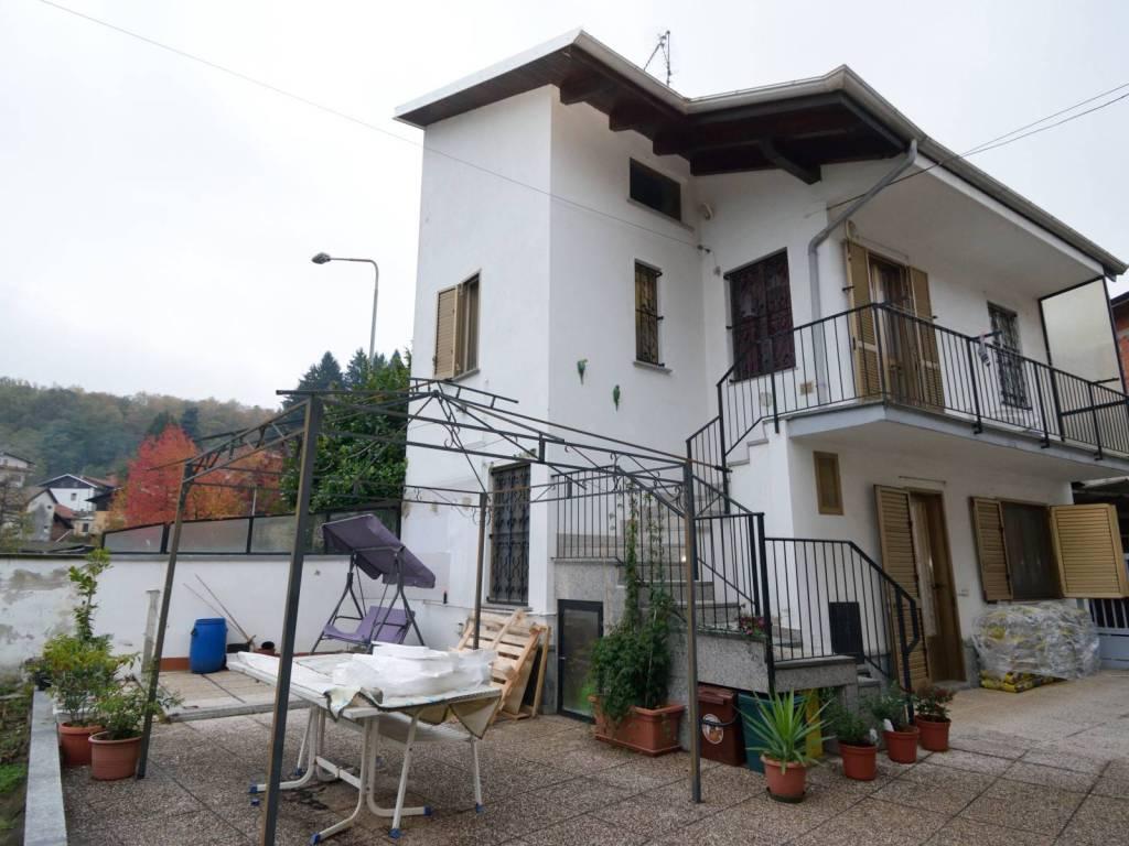 foto esterno Villa unifamiliare via Giuseppe Garibaldi 19, Tollegno