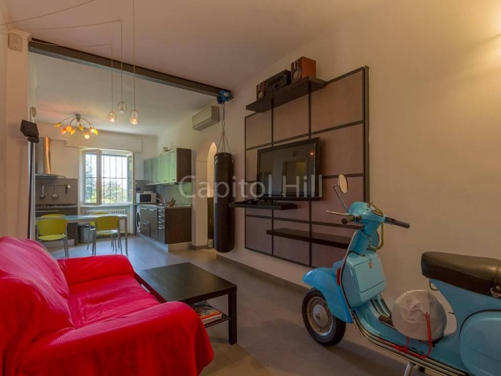 foto 10 villa vendita castellaccio giardino sala 4-room flat via al Castellaccio, Genova