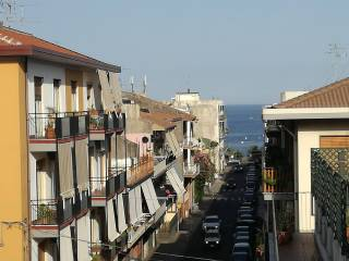 Photo - 4-room flat via Nazario Sauro, Aci Castello