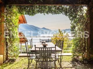 Photo - Single family villa 200 sq.m., Gravedona ed Uniti