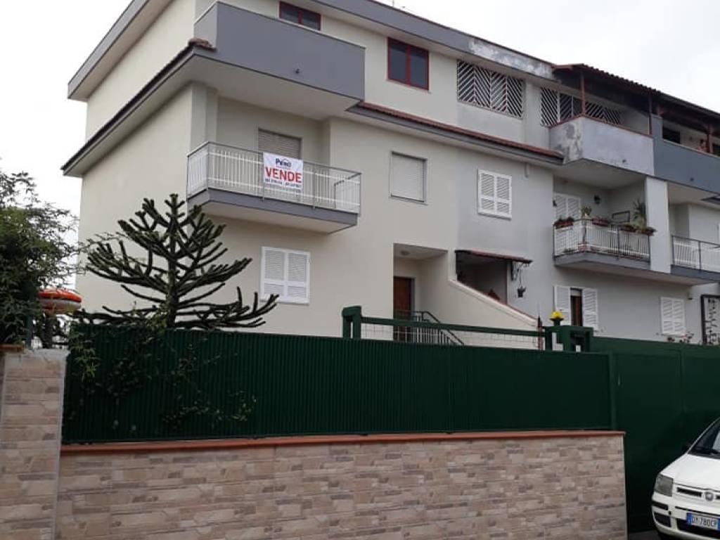 foto ESTERNO Single family villa, good condition, 280 sq.m., Marano di Napoli