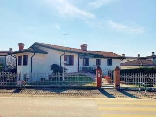Photo - Detached house via Cona, Agna