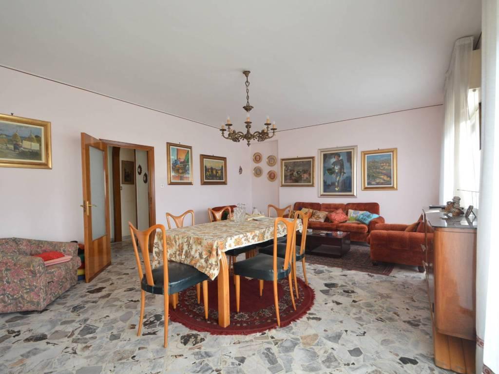 Abitare Bagno Trani vendita appartamento in via avvocato mauro. bisceglie