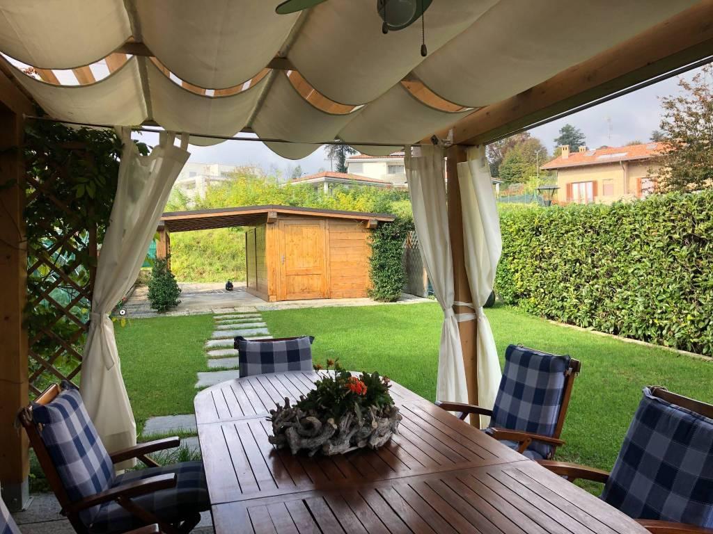 foto PORTICATO - POSTO AUTO Single family villa, good condition, 180 sq.m., Albavilla