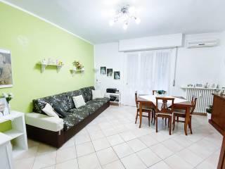 Foto - Piso de tres habitaciones via Val di Bondo 9, Comasina, Milano