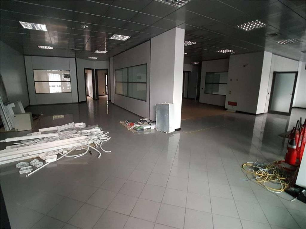 foto Immobile commerciale a Fi Office for Rent