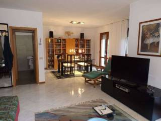 Photo - Terraced house 5 rooms, good condition, Bollate