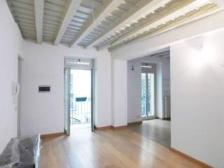 Foto - Piso de dos habitaciones via fiori chiari, Milano
