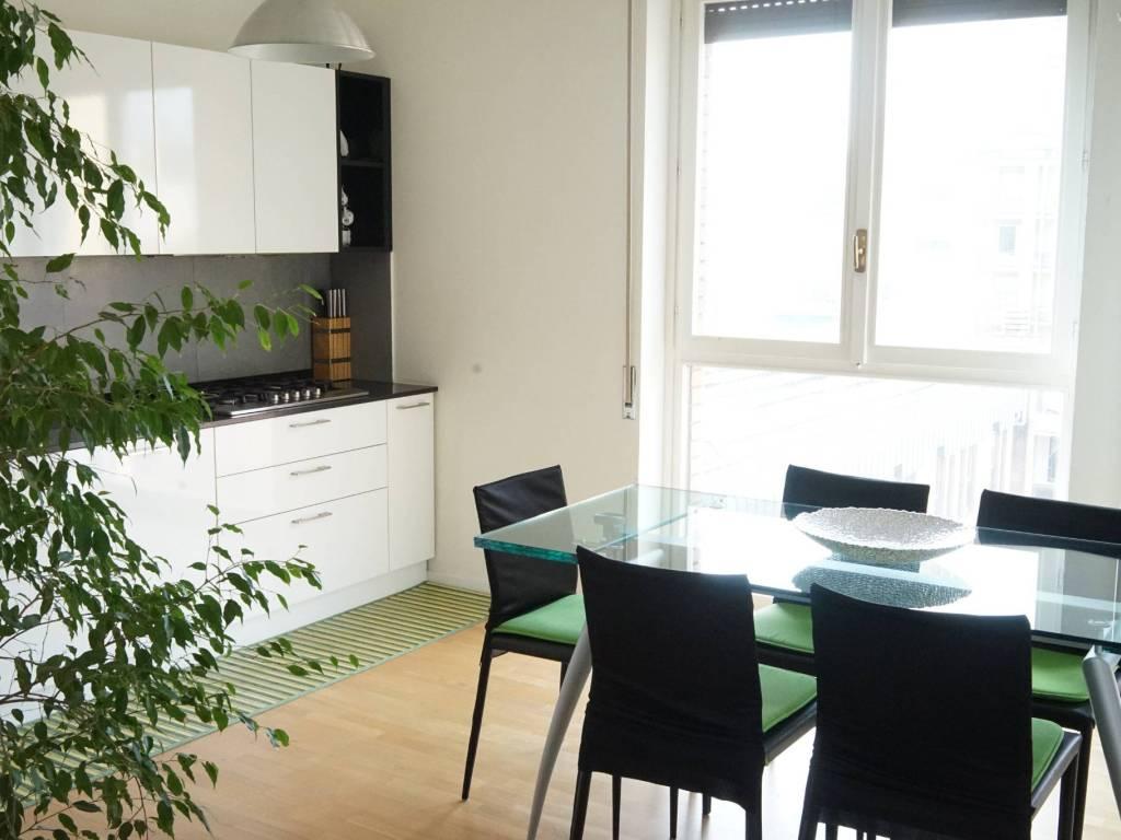 foto cucina Quadrilocale viale Milano, Varese