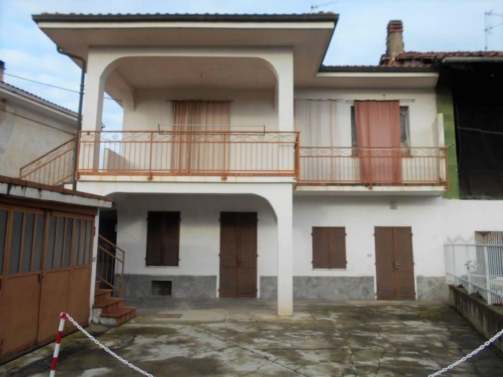 foto  Villa unifamiliare via Massimo D'Azeglio 13, Borgo d'Ale