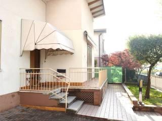 Photo - Single family villa, good condition, 128 sq.m., Santo, Thiene