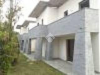 Photo - Two-family villa via parini, Arosio