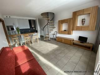 Photo - 4-room flat via Bersaglio, Gravedona ed Uniti