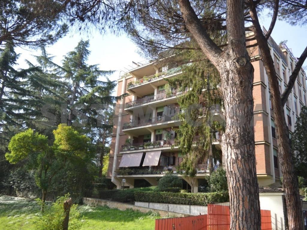 Vendita Appartamento Roma. Trilocale in via Padre Giovanni ...