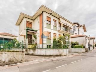 Photo - Two-family villa via padre reginaldo, 503, Premezzo, Cavaria con Premezzo