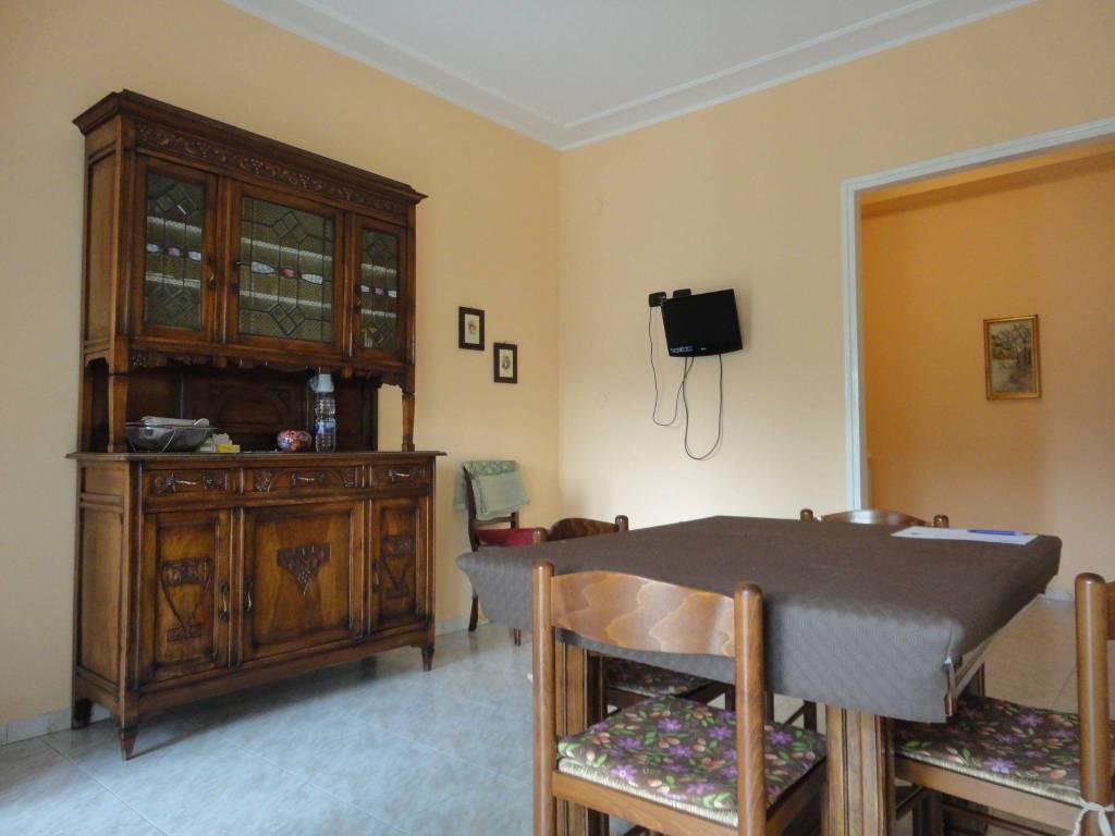 foto tinello Trilocale buono stato, quarto piano, Torino