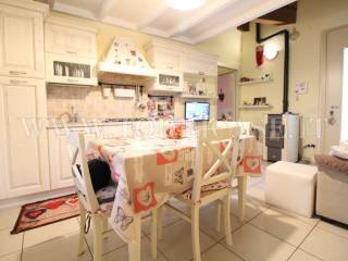 Photo - 2-room flat via Don Giacomo Pezzotta 14, Scanzorosciate