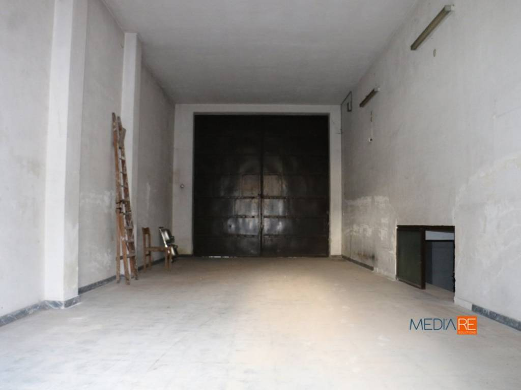 foto Garage Magazzino in Vendita