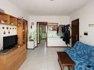 Photo - 3-room flat via Aldo Moro 14, Locate di Triulzi